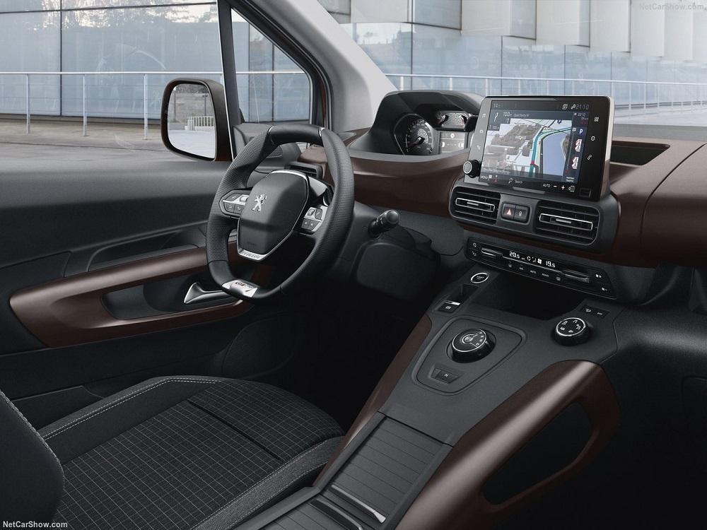 Тест-драйв Peugeot Rifter 2019 года
