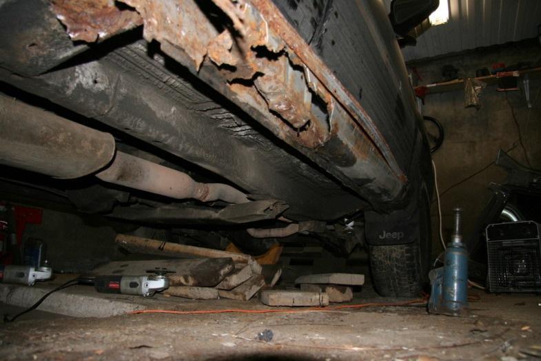 Как отремонтировать сгнившую дверь и кузов машины?