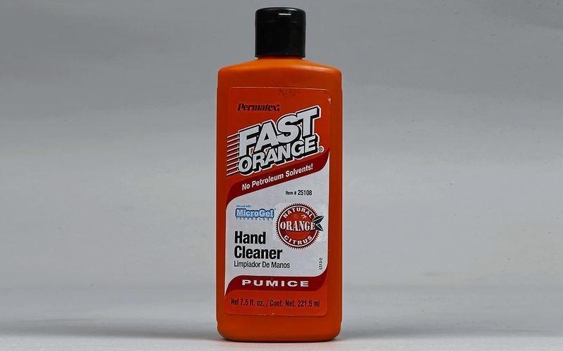 Лучшие средства для очистки рук после ремонта машины: обзор
