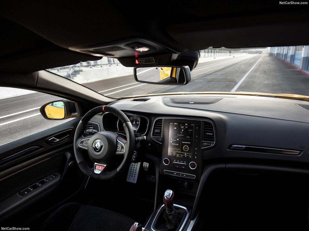 Тест-драйв Renault Megane RS Trophy 2019 года