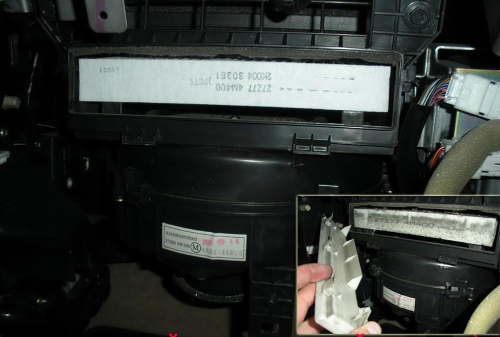 Как поменять салонные фильтры на кроссоверах Nissan X-Trail разных поколений