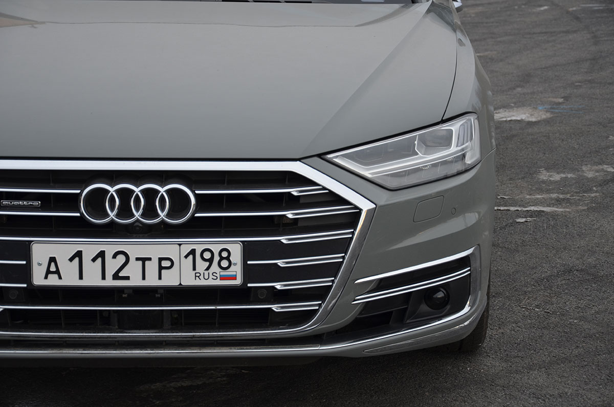 Сравнение Audi А8 против Mercedes-Benz S-class - технические характеристики, фото, комплектации и цены