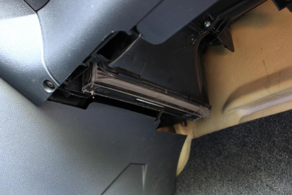 Как самостоятельно заменить фильтр салона на автомобилях Skoda Fabia 1 и 2 поколения