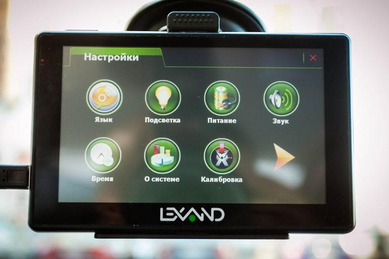Лучшие 5 видеорегистраторов стоимостью до 4000 рублей