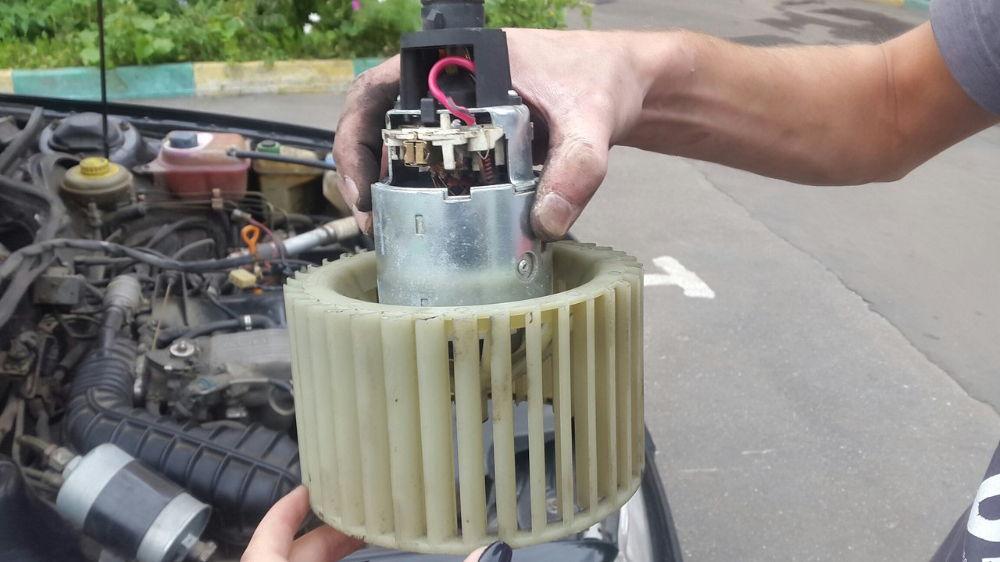 Как устроена и функционирует печка на автомобилях Audi 100