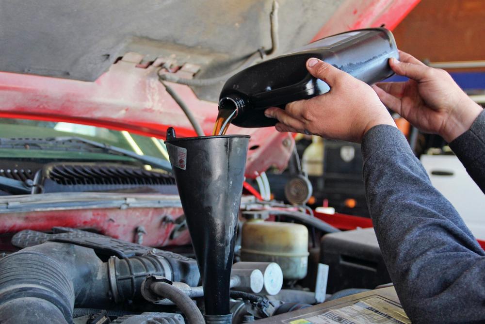 Какое масло заливается в автоматическую коробку передач машины