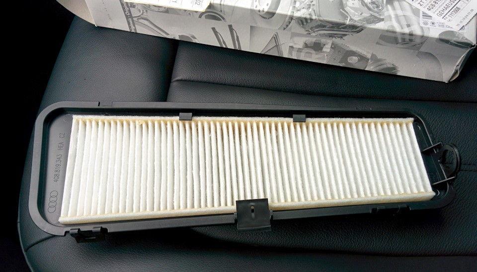 Как поменять салонный фильтр в автомобилях Audi А6 разных модификаций