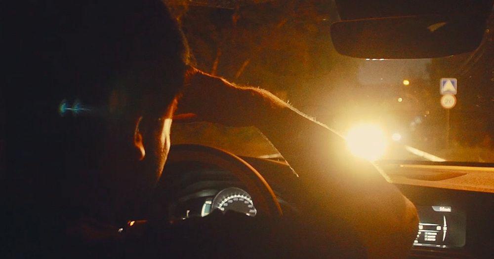 Почему водителя могут слепить фары встречных автомобилей и как с этим справиться