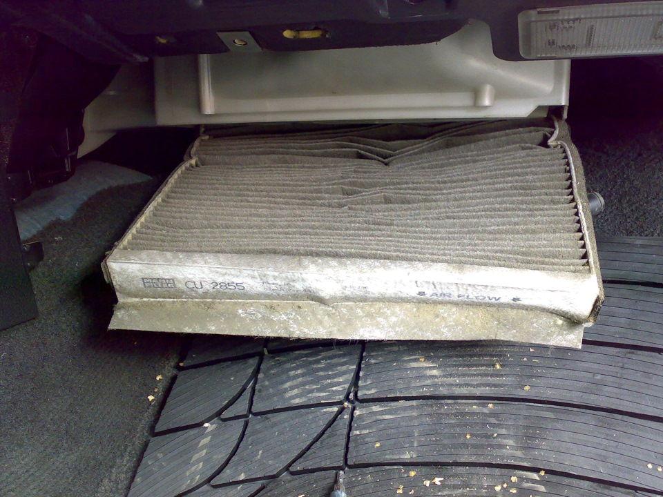 Как выбрать и заменить фильтр салона на автомобиле Volvo S80