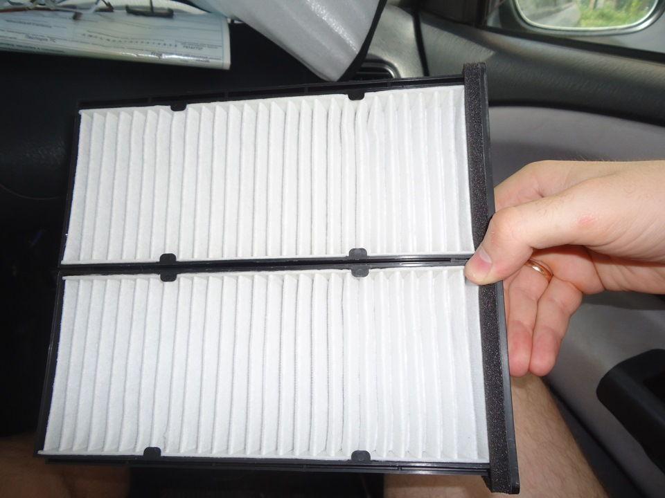 Что нужно для самостоятельной замены салонного фильтра на Mitsubishi Carisma