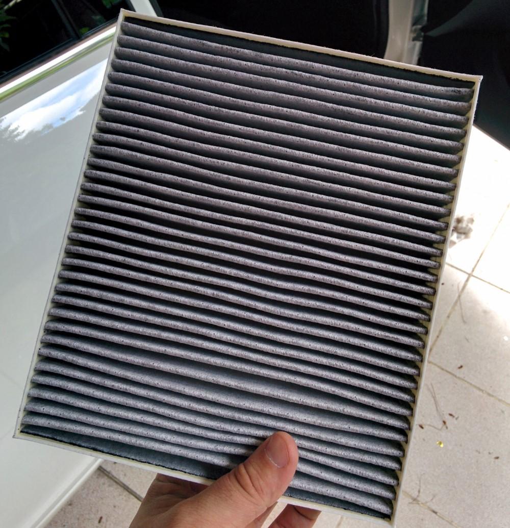 Как правильно менять салонный фильтр на автомобилях Opel Insignia