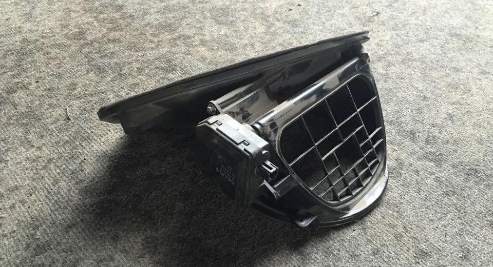 Как заменить или отремонтировать заслонку рециркуляции воздуха на Opel Astra
