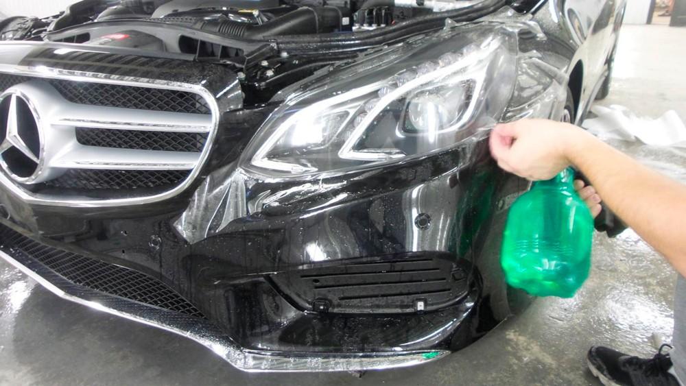 Как правильно бронировать автомобильные фары с помощью плёнки