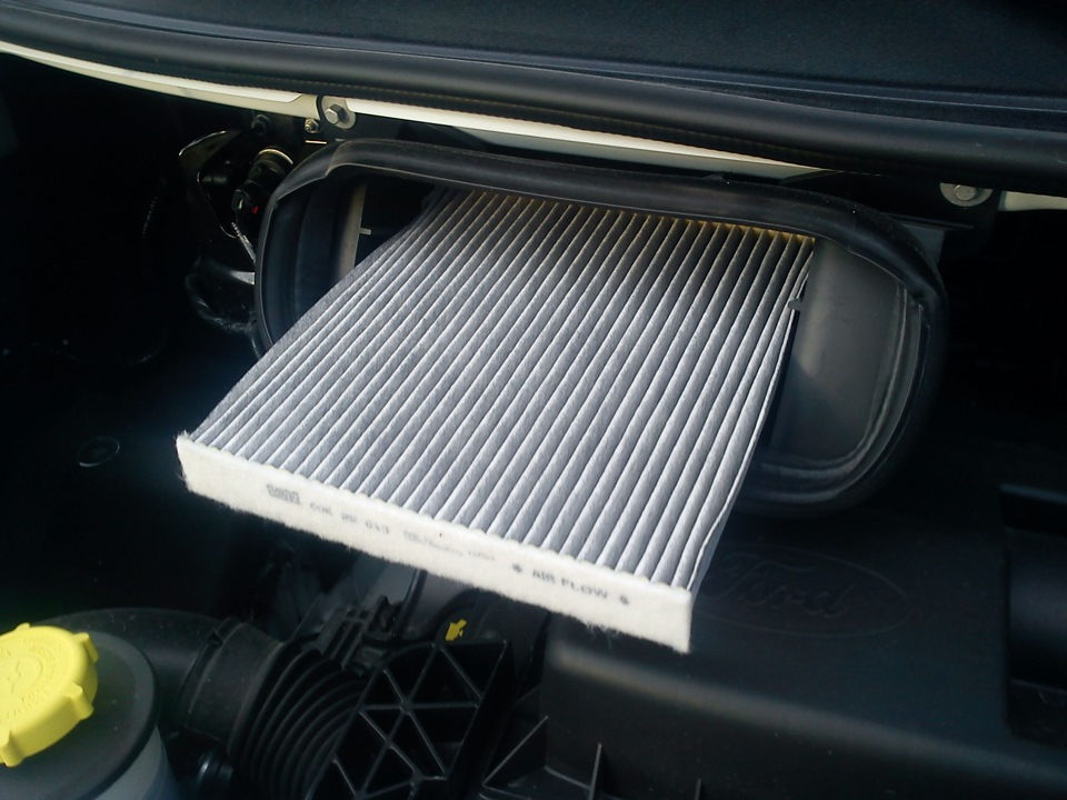 Как заменить салонный фильтр на Ford Transit