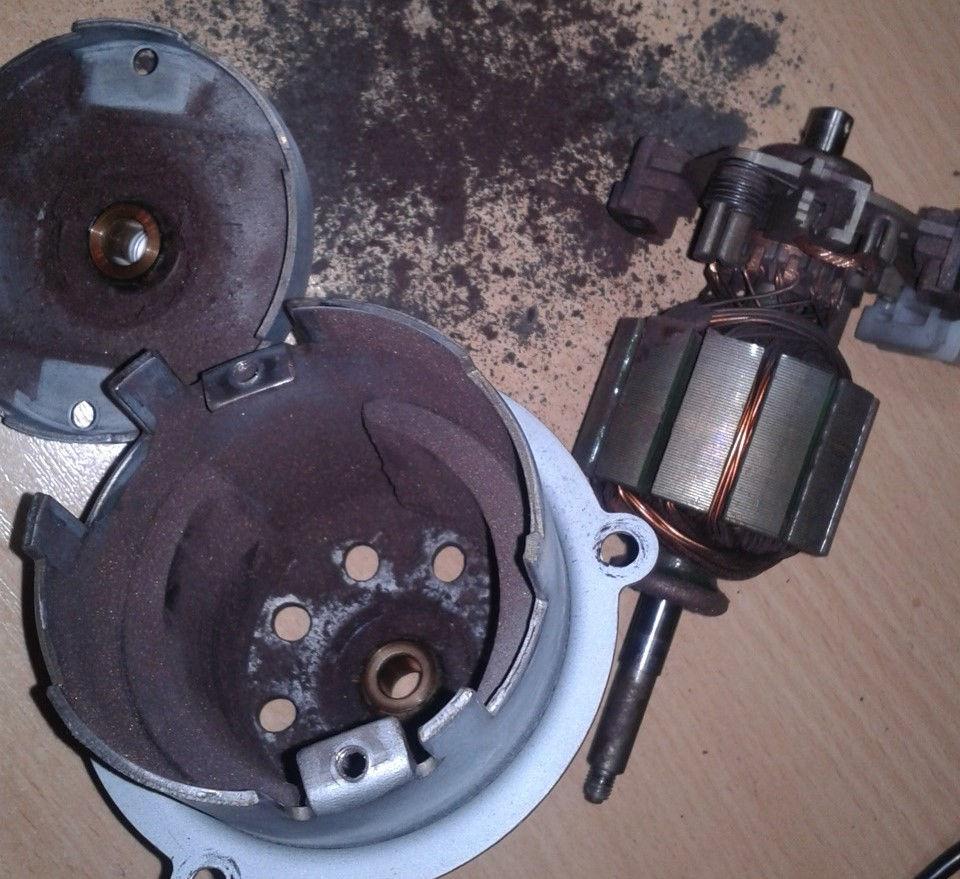 Как выполняется замена моторчика печки на кроссовере Suzuki Grand Vitara