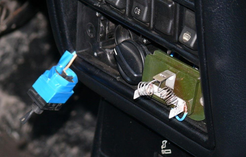 Неисправности блока управления отопителем на ГАЗ 31105 и их устранение