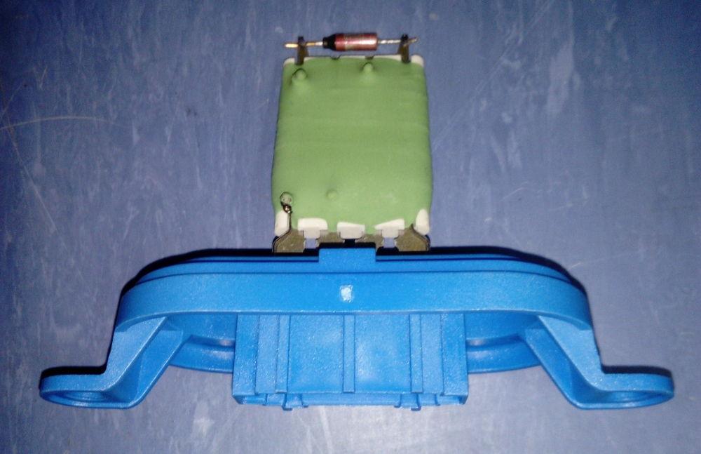Где находятся и как поменять резистор и предохранитель печки на автомобиле Газель 3302