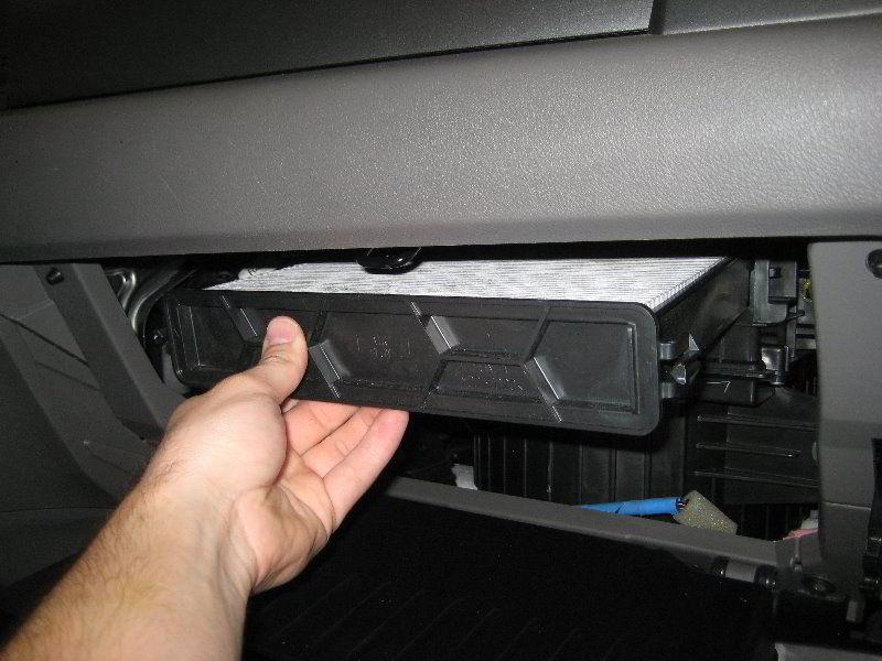 Как поменять салонный фильтр Honda CRV самостоятельно