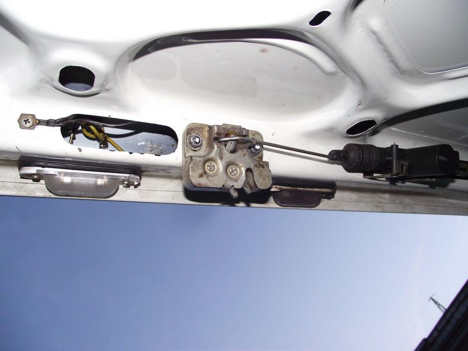 Как установить электропривод на багажник самостоятельно