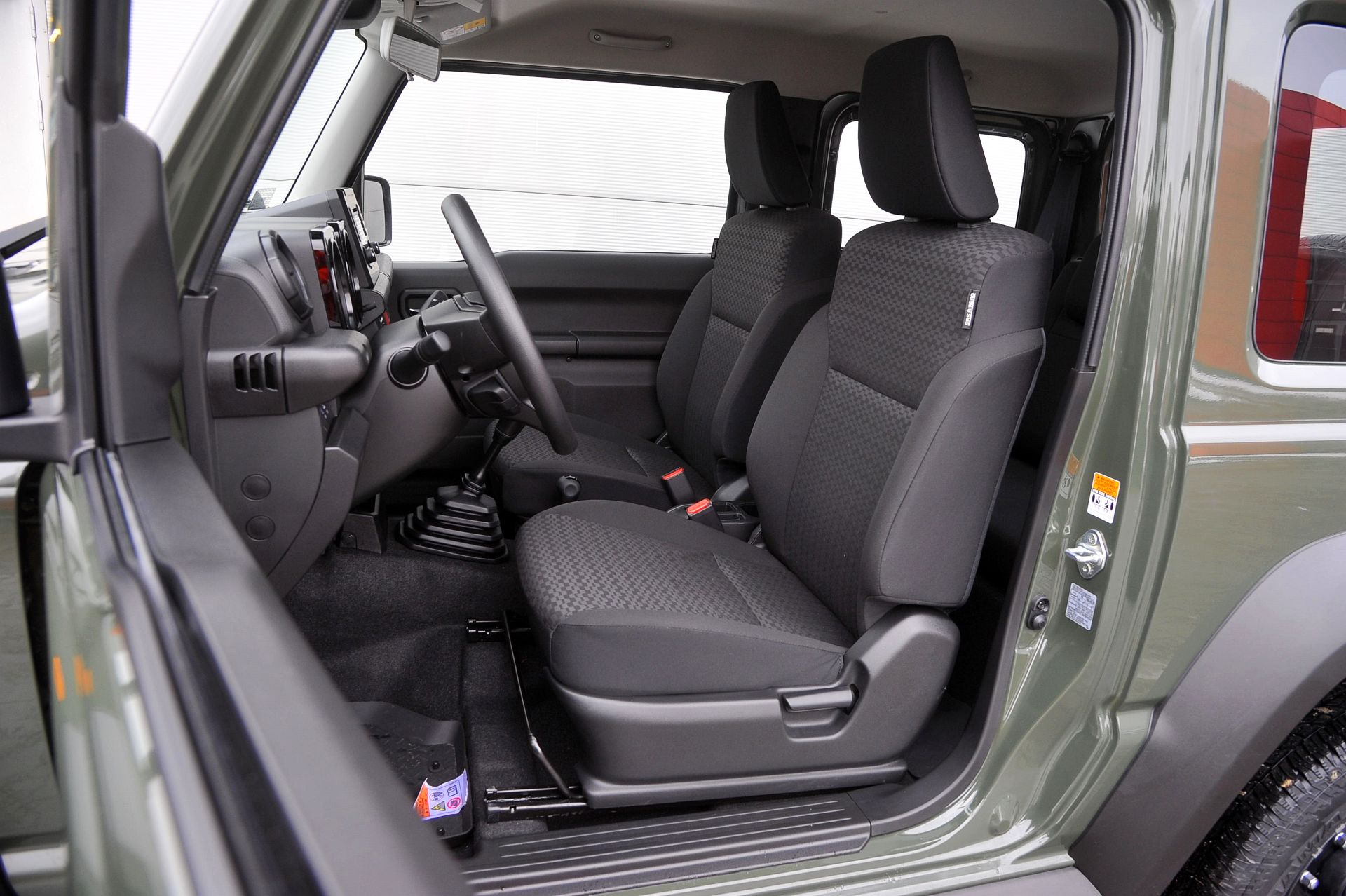 Suzuki Jimny 1.5 VVT 4WD Premium – ТЕСТ