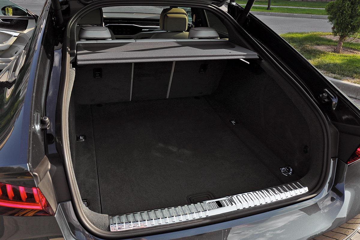 Сравнение Audi A7 Sportback и Mercedes-Benz CLS: технические характеристики, фото, комплектации и цены