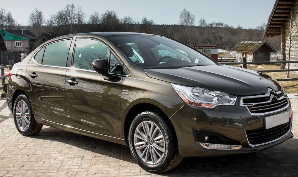 ТОП-6 автомобилей стоимостью до 1 700 000 рублей в 2019 году