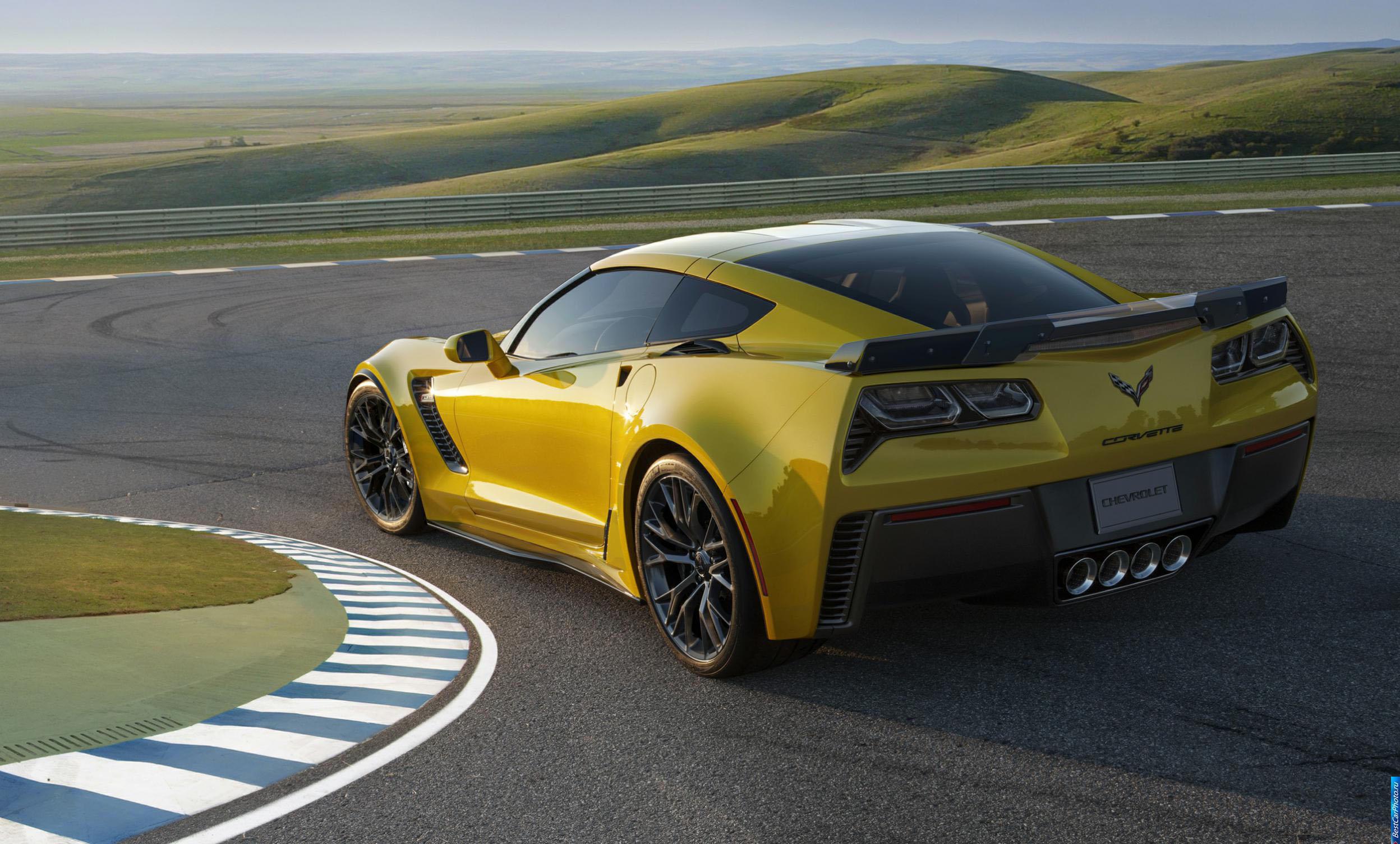 Chevrolet Corvette Z06 тест драйв нового автомобиля