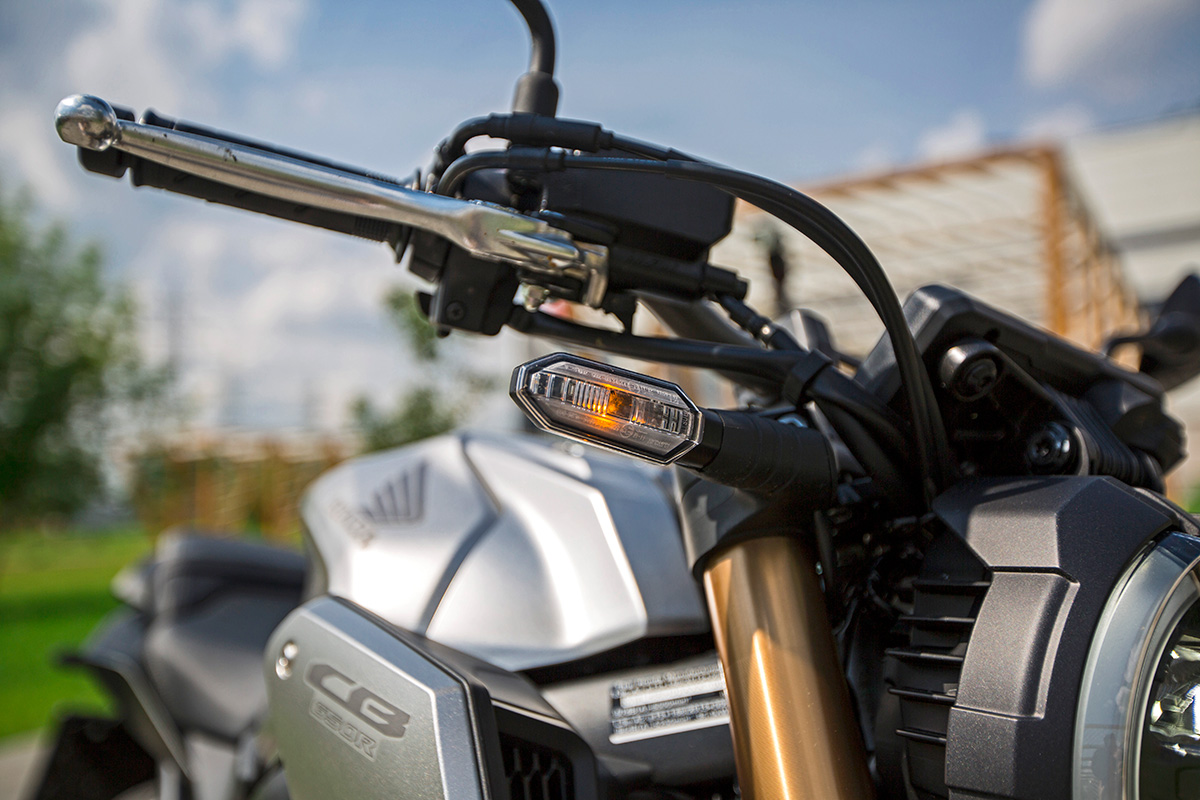 Тест Honda CB650R: ест мало, едет быстро, выглядит круто
