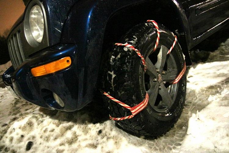 Легкий способ быстро накачать колеса автомобиля