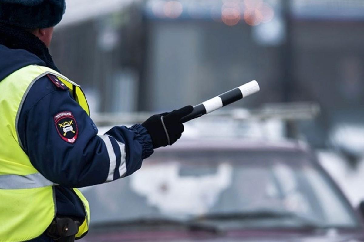 7 каверзных вопросов инспектора ГИБДД, на которые отвечать не стоит