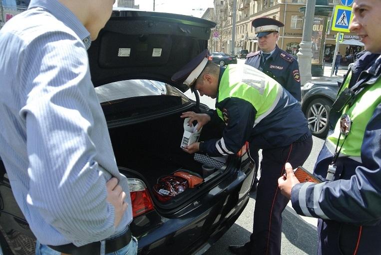 Провоз личных вещей и багажа по новому регламенту МВД в автомобиле