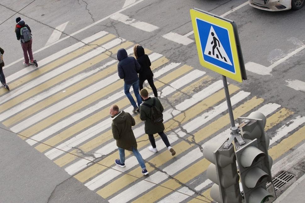Принципы правильной парковки около пешеходного перехода