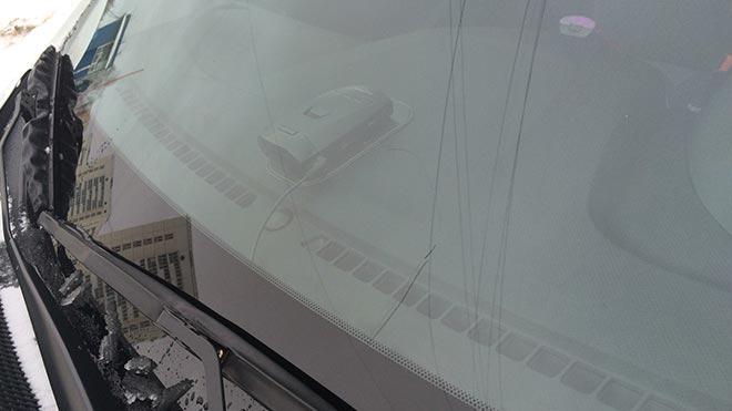 Особенности замены лобового и заднего стекла на Hyundai Solaris
