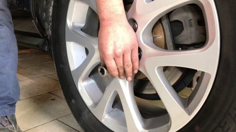Как выполнить шумоизоляцию колесных арок