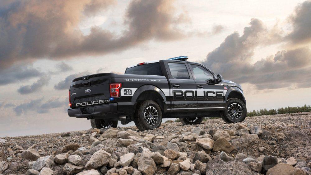 Самые мощные, быстрые и необычные полицейские автомобили в мире в 2019 году