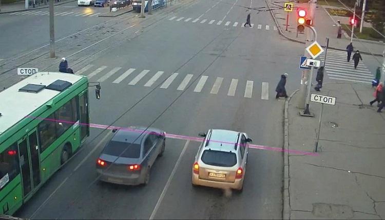 Как камеры распознают наезд на стоп-линию и в каком случае ждать штрафа?