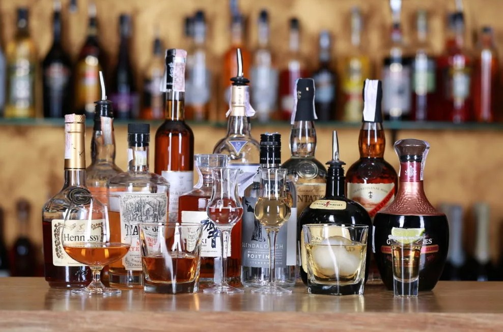 Сколько выветривается алкоголь из крови или когда можно садиться за руль после застолья?
