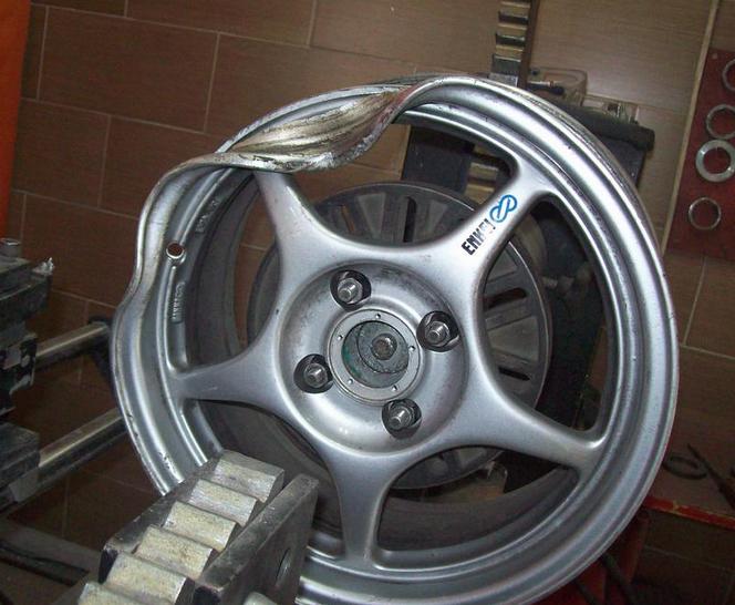 Как можно отремонтировать литые диски