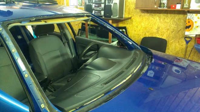 Подробная инструкция по замене лобового стекла Nissan Almera Classic