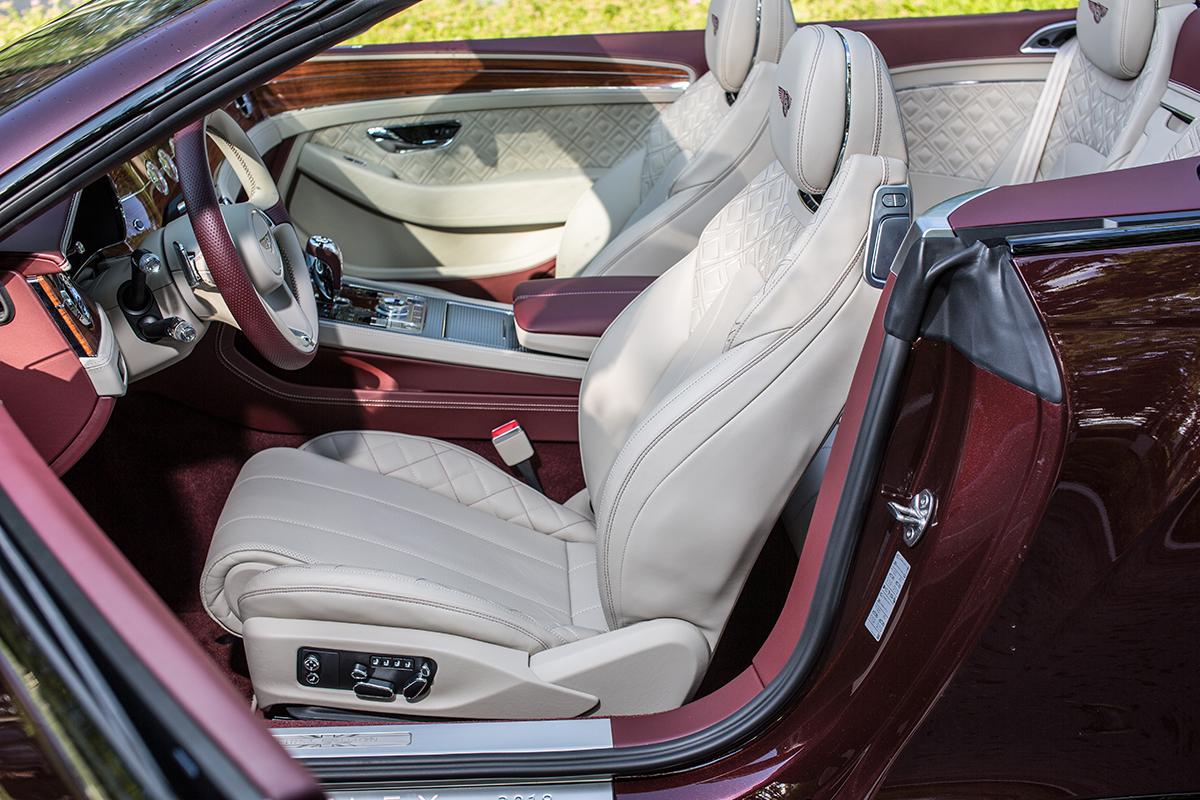 Тест-драйв Bentley Continental GT Convertible. Аксессуар или автомобиль? Это с какой стороны посмотреть!