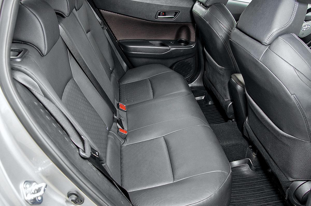 Тест-драйв Toyota C-HR. Отличное шасси и слабенький мотор