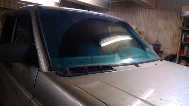 Подробная инструкция по замене лобового стекла на УАЗ Патриот