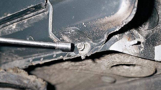 Порядок замены и крепления крыльев на ВАЗ 2110