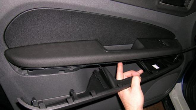 Инструкция по снятию обшивки с двери на Ford Focus 3
