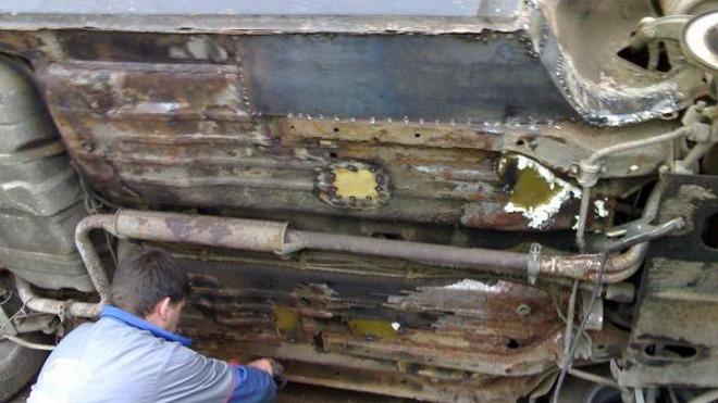 Особенности ремонта и переварки днища ВАЗ 2112
