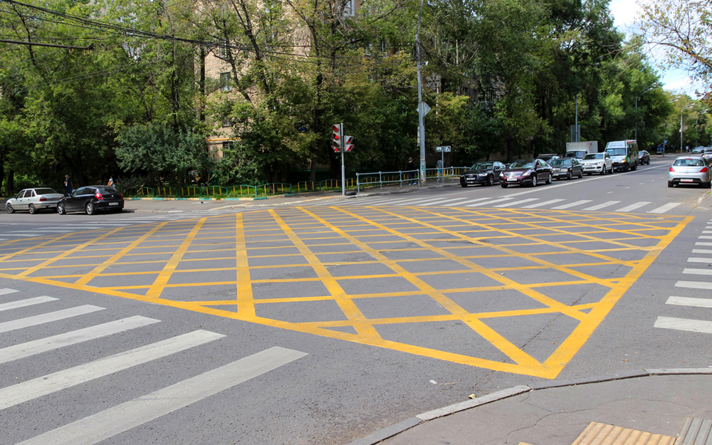 Что нужно знать о вафельной разметке на дороге