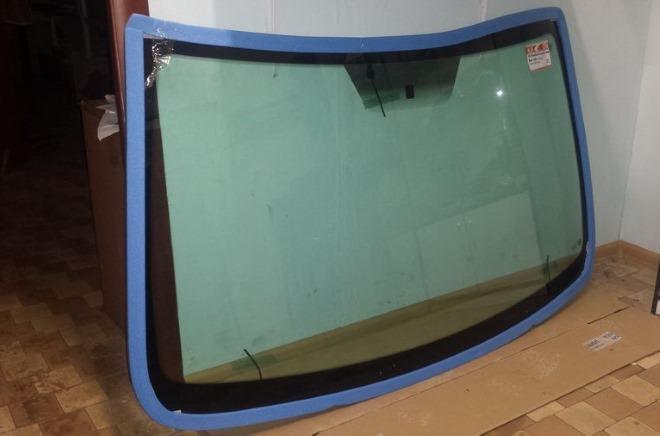 Пошаговая инструкция по замена лобового стекла на Рено Дастер