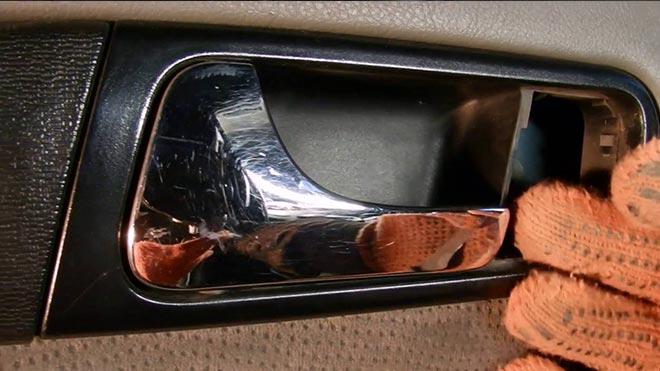Подробная инструкция: как снять обшивку двери на Шевроле Лачетти