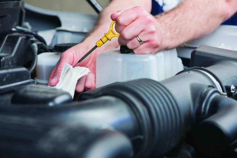 Что нужно знать при выборе моторного масла: классификация и обозначения