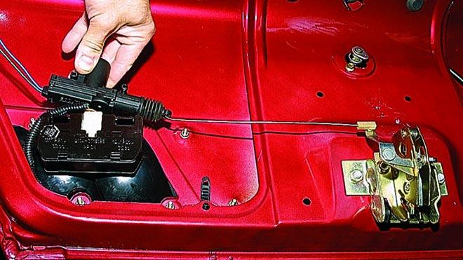 Тонкости замены личинки замка двери на ВАЗ 2109